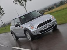 MINI Hatch First Hatchback (2010 - ) review