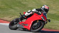 Picture of Ducati 1299 Super Sports (2015 - ) review