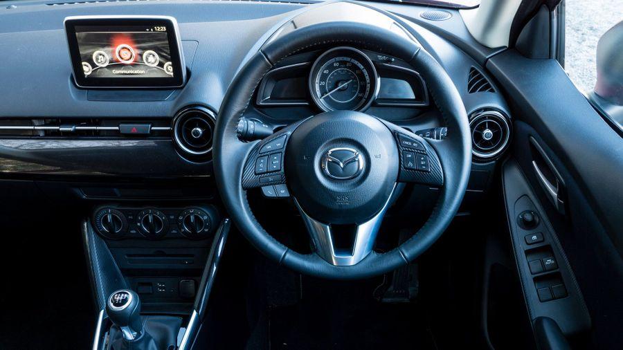 2015 Mazda 2 1.5 Sport Nav interior