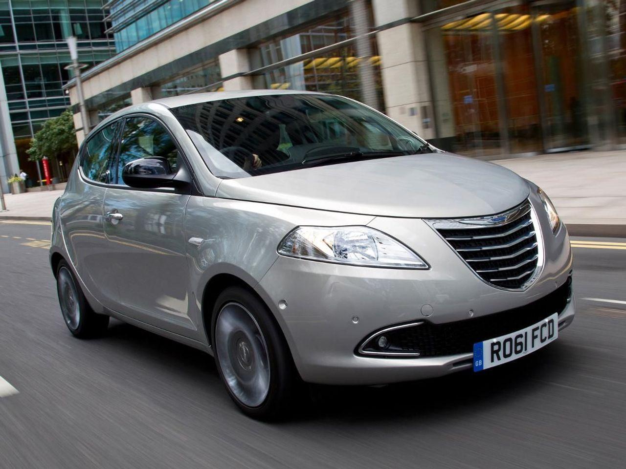 Chrysler Ypsilon hatchback