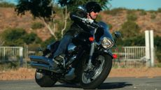 Suzuki M1800RZ Intruder expert review