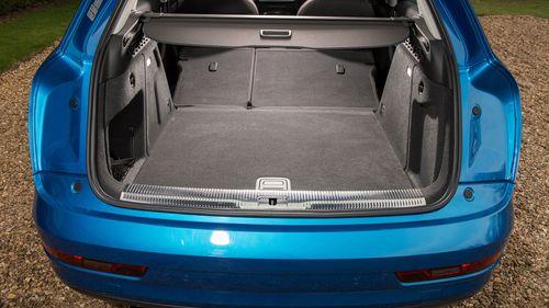 2015 Audi Q3 boot