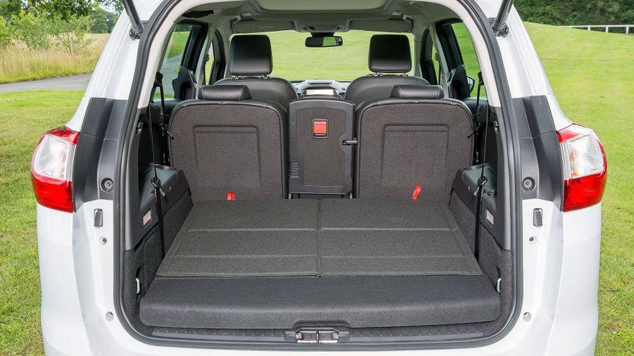 2015 Ford Grand C-Max versatility