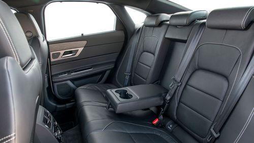 2015 Jaguar XF 2.0 180 R Sport saloon