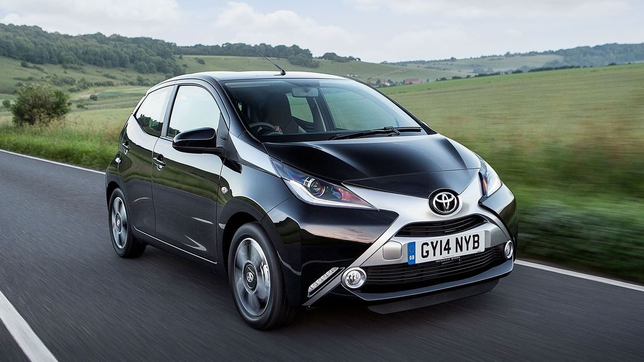 2014 Toyota Aygo front tracking