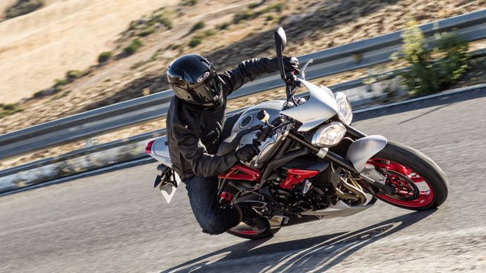 Triumph Street Triple Rx Naked (2015 - ) review