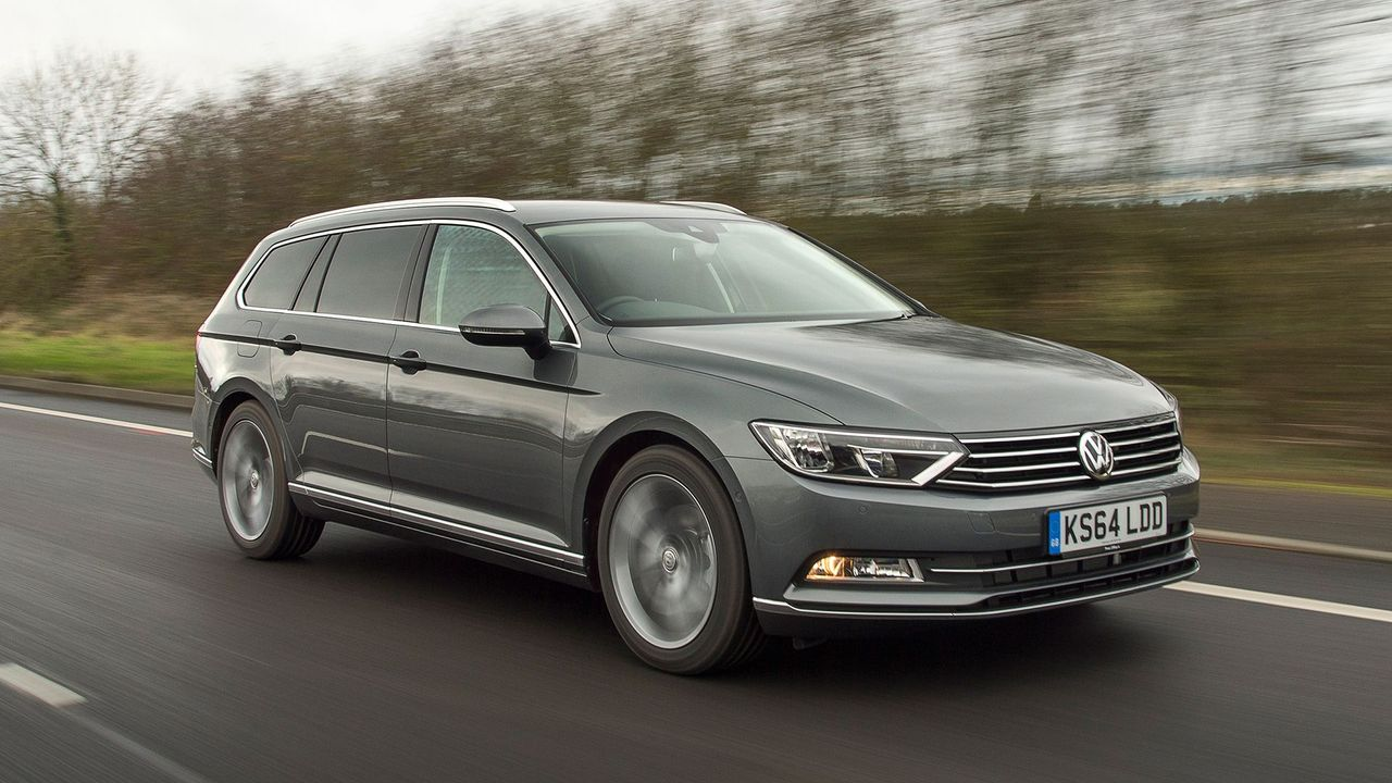 volkswagen passat estate 2014 review auto trader uk. Black Bedroom Furniture Sets. Home Design Ideas
