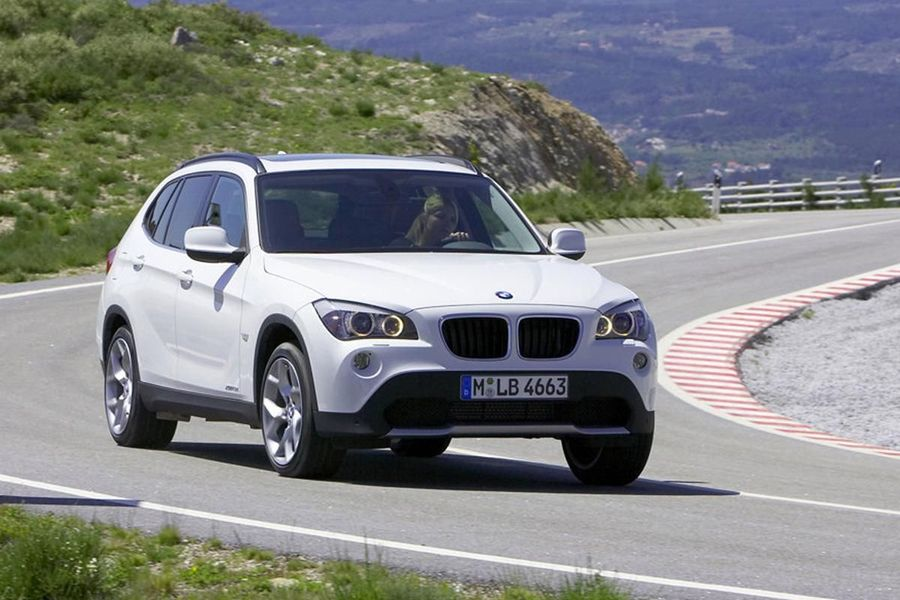 bmw x1 4 4 2009 review auto trader uk
