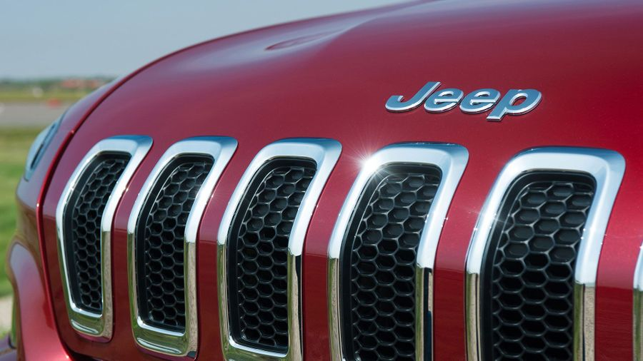 2015 Jeep Cherokee grille