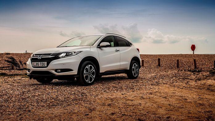 Honda HR-V SUV (2015 - ) review