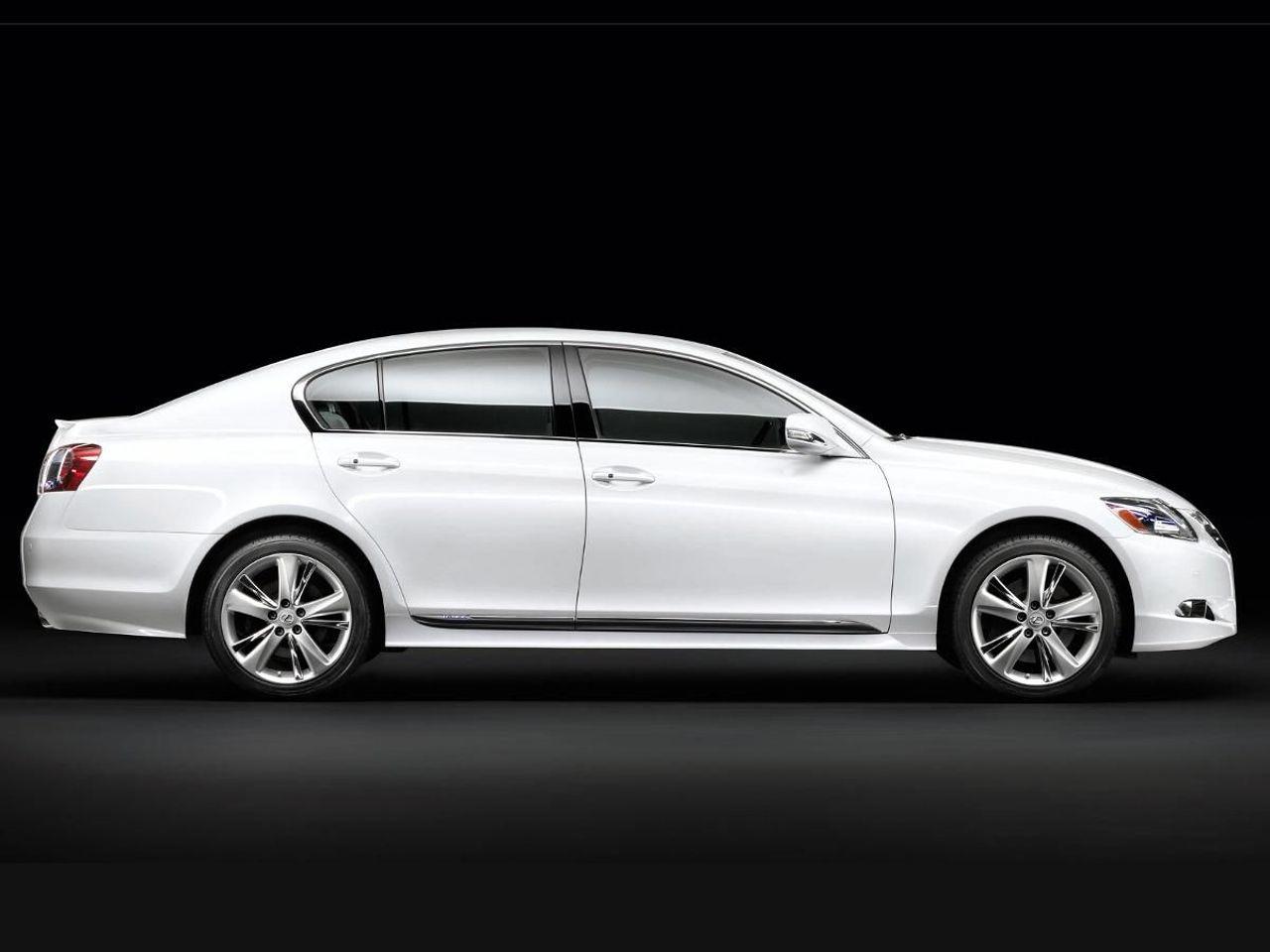 Lexus GS saloon