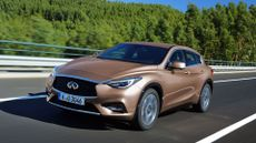 Infiniti Q30 Hatchback (2015 - ) review