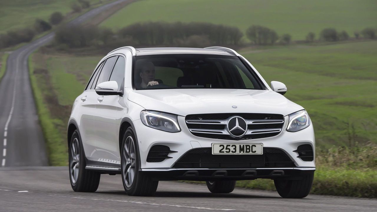Mercedes Benz GLC main shot