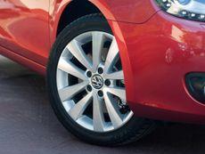 Volkswagen Golf Convertible (2011 - ) review
