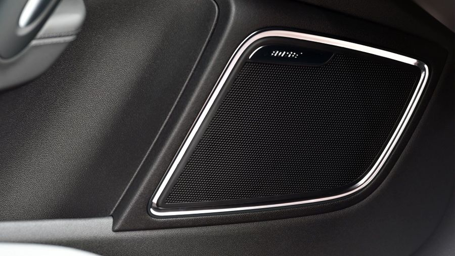 2015 Audi A1 S line Bose speakers