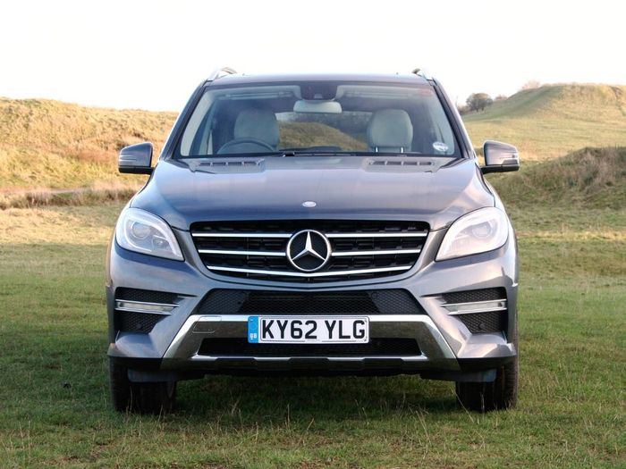 Mercedes benz m class suv 2012 review auto trader uk for Auto trader mercedes benz