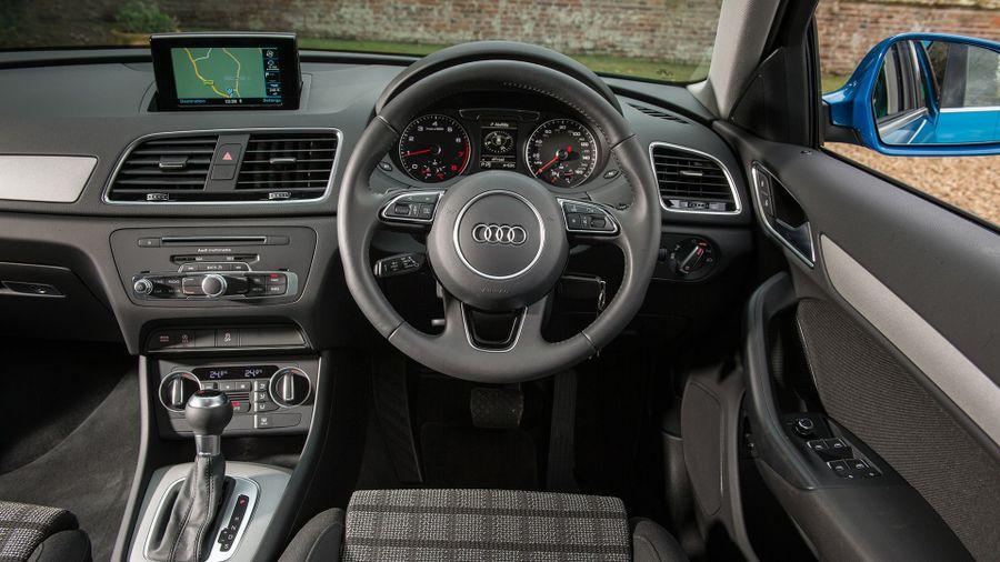 2015 Audi A3 SE interior