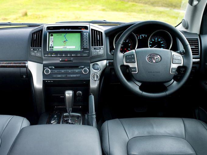 Toyota Land Cruiser V8 4x4