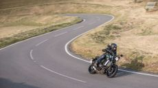 Yamaha XSR700 Retro (2015 - ) review