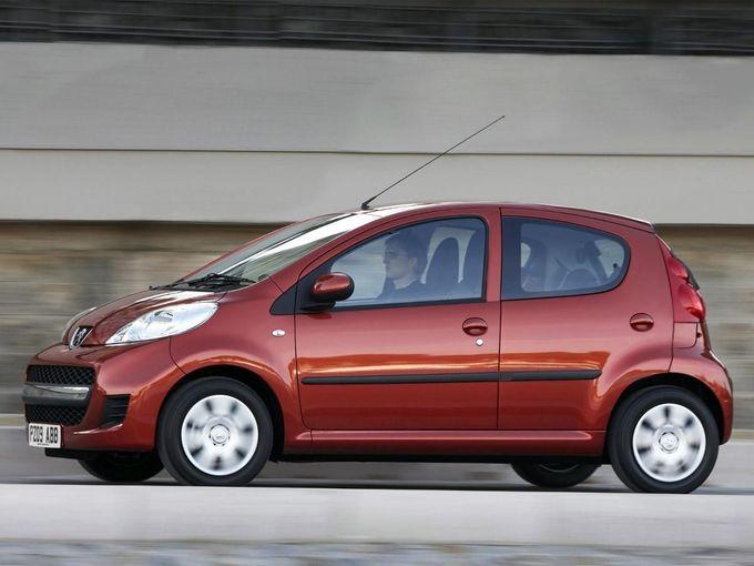 peugeot 107 hatchback 2009 2012 review auto trader uk. Black Bedroom Furniture Sets. Home Design Ideas