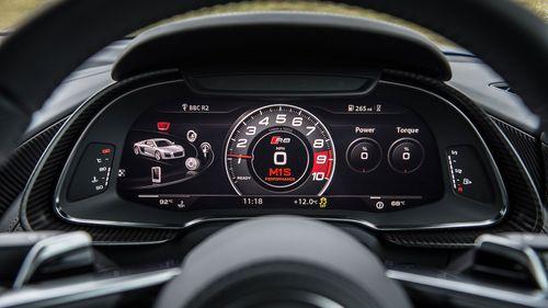 2015 Audi R8 V10 Plus instruments