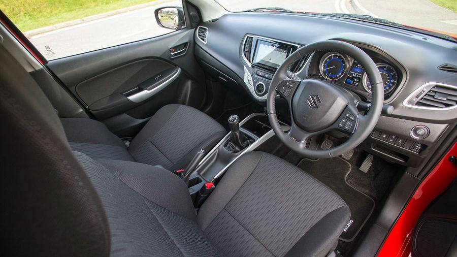 2016 Suzuki Baleno interior