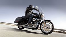 Harley-Davidson 1200 Custom Cruiser  review