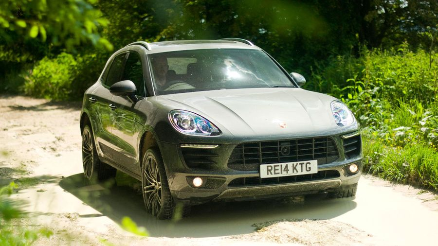 Porsche Macan off-road