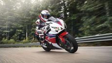 Picture of Honda CBR1000RR Fireblade CBR1000RR (2004 - ) review