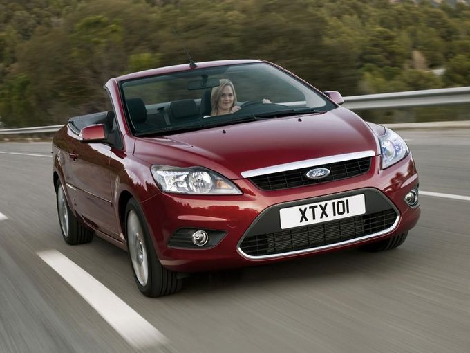 Ford Focus Coupe-Cabriolet convertible
