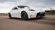 Nissan 370 Z Coupe (2013 - ) review