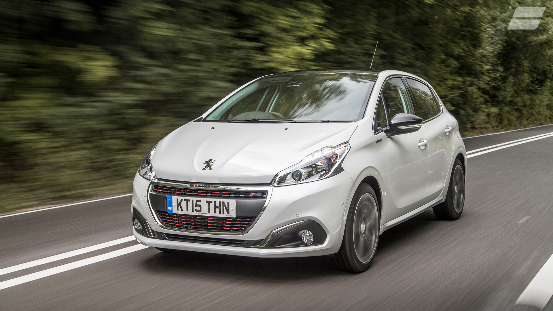 Peugeot 208 Hatchback (2015 - ) review