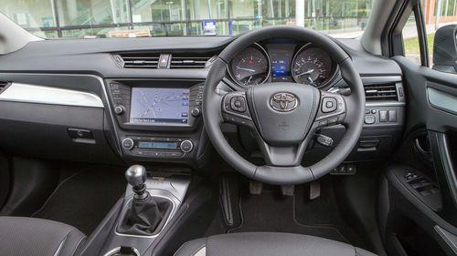 2015 Toyota Avensis 1.6 D-4D saloon