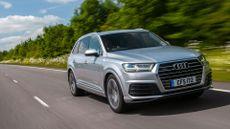 2015 Audi Q7 3.0 TDI S line tracking