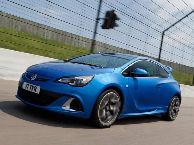 Vauxhall Astra VXR coupe