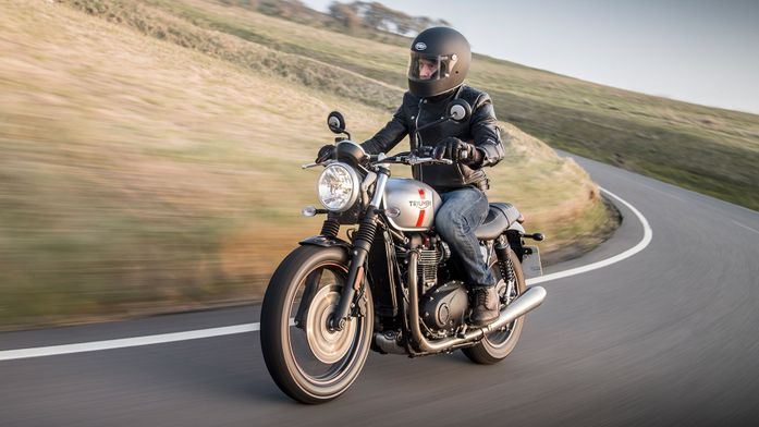 Triumph Street Twin Retro (2016 - ) review