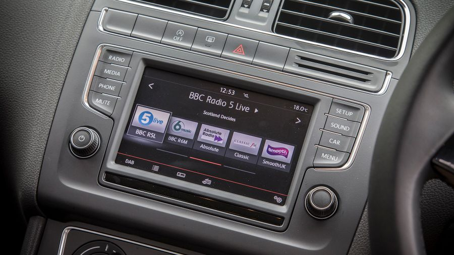 2014 Volkswagen Polo touch screen