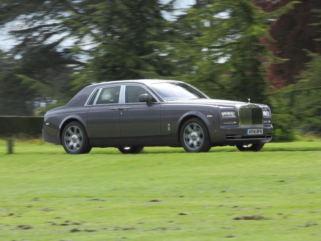 Rolls-Royce Phantom saloon