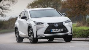 Lexus NX handling