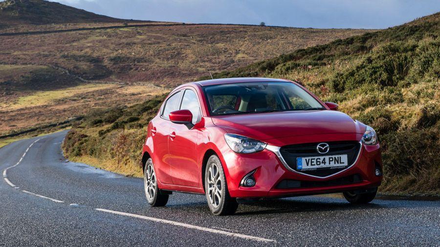 Mazda 2 1.5 Sport Nav driving