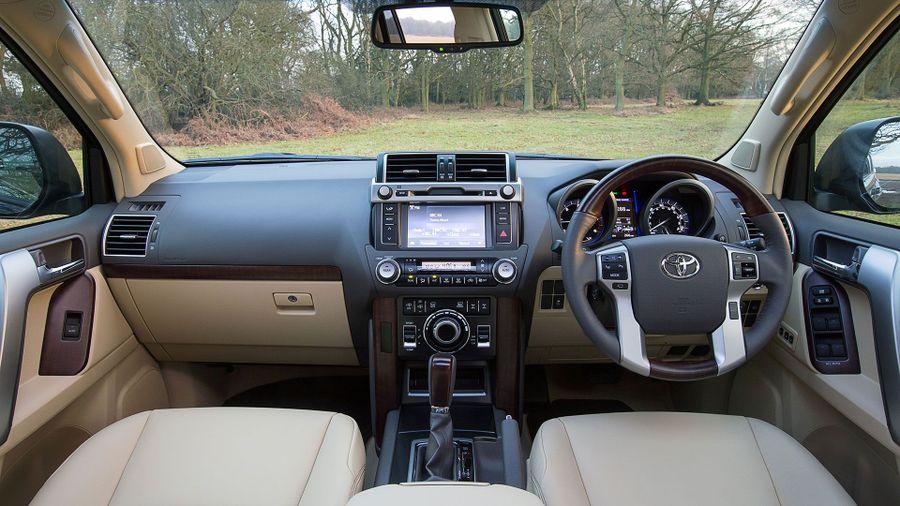 2015 Toyota Land Cruiser SUV