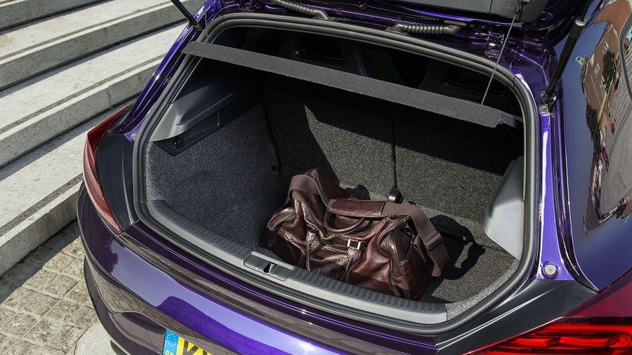 2015 Volkswagen Scirocco boot